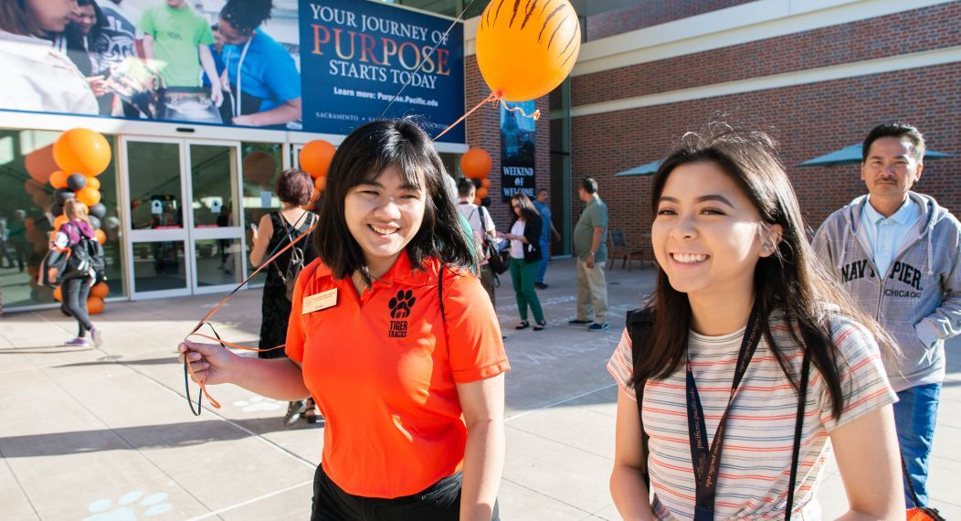 Students at Pacific Orientation